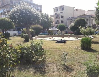 Εργασίες καθαριότητας στην πλατεία Κολοκοτρώνη (pics)